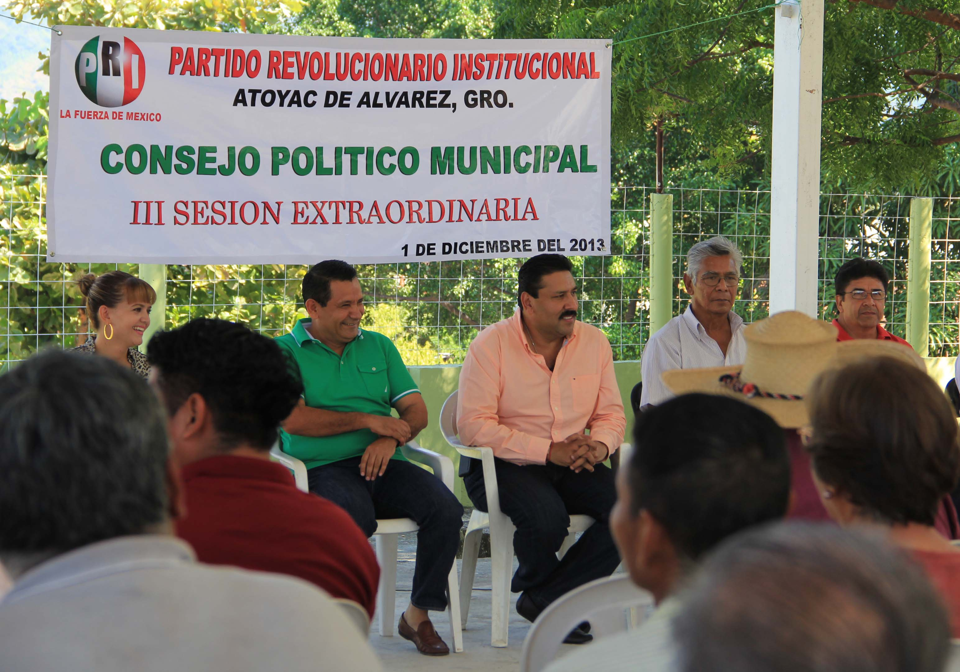 CUAUHTÉMOC SALGADO ROMERO, ENCABEZÓ LA REUNIÓN DEL CONSEJO POLÍTICO MUNICIPAL