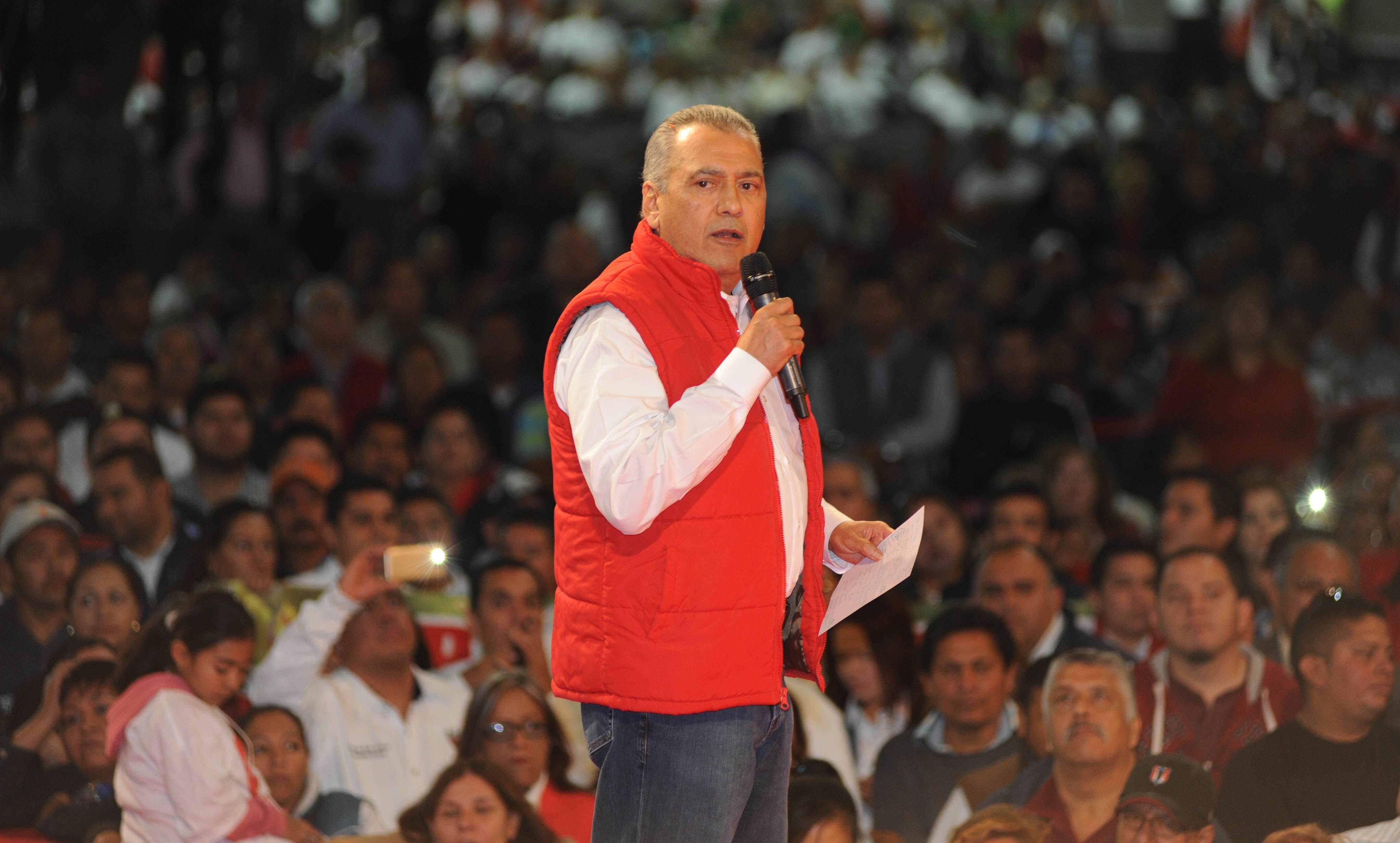 Manlio Fabio Beltrones, en la Toma de  Protesta del presidente y la secretaria general del CDE del PRI - N.L.
