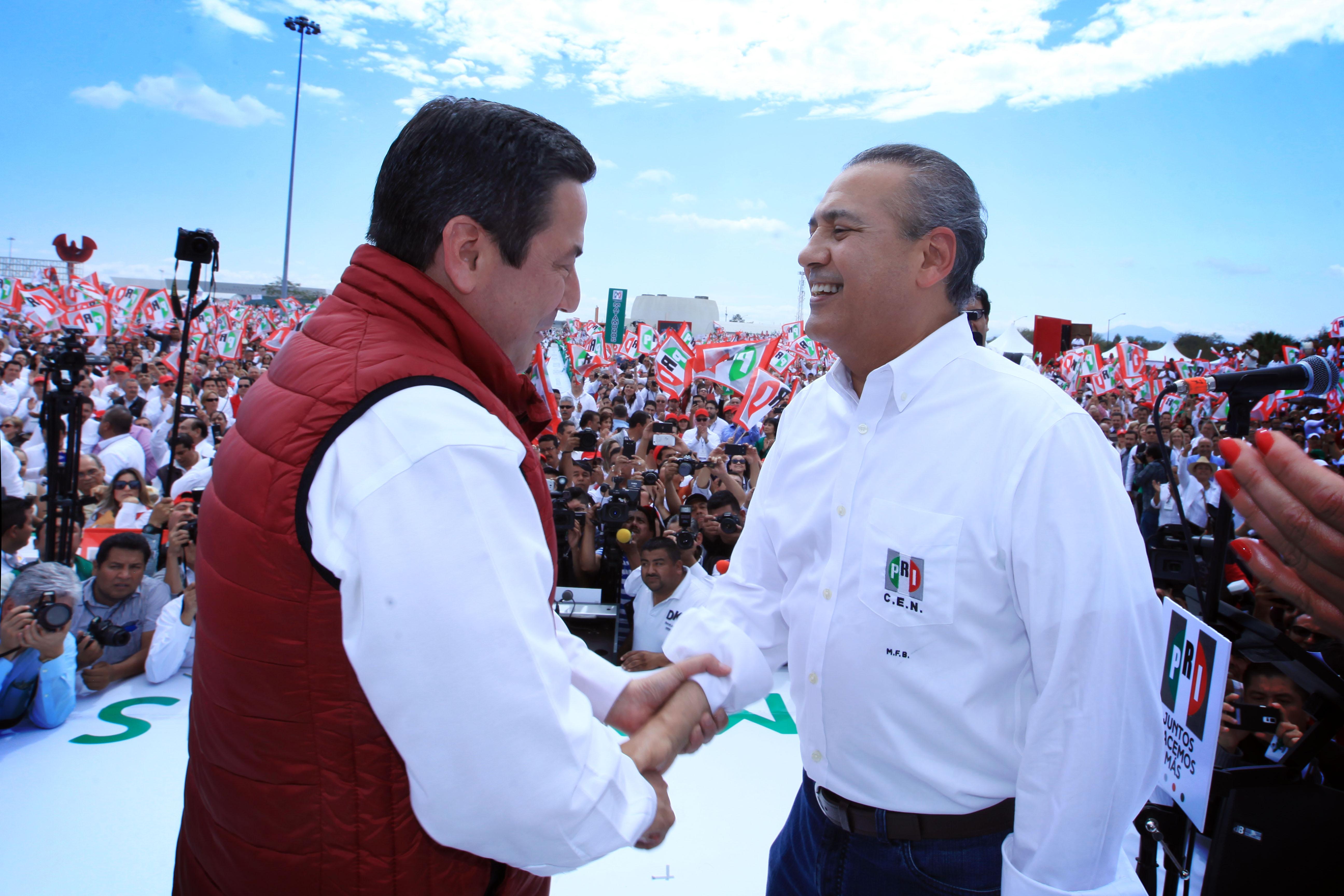 Manlio Fabio Beltrones, en la toma de protesta de Baltazar Hinojosa Ochoa