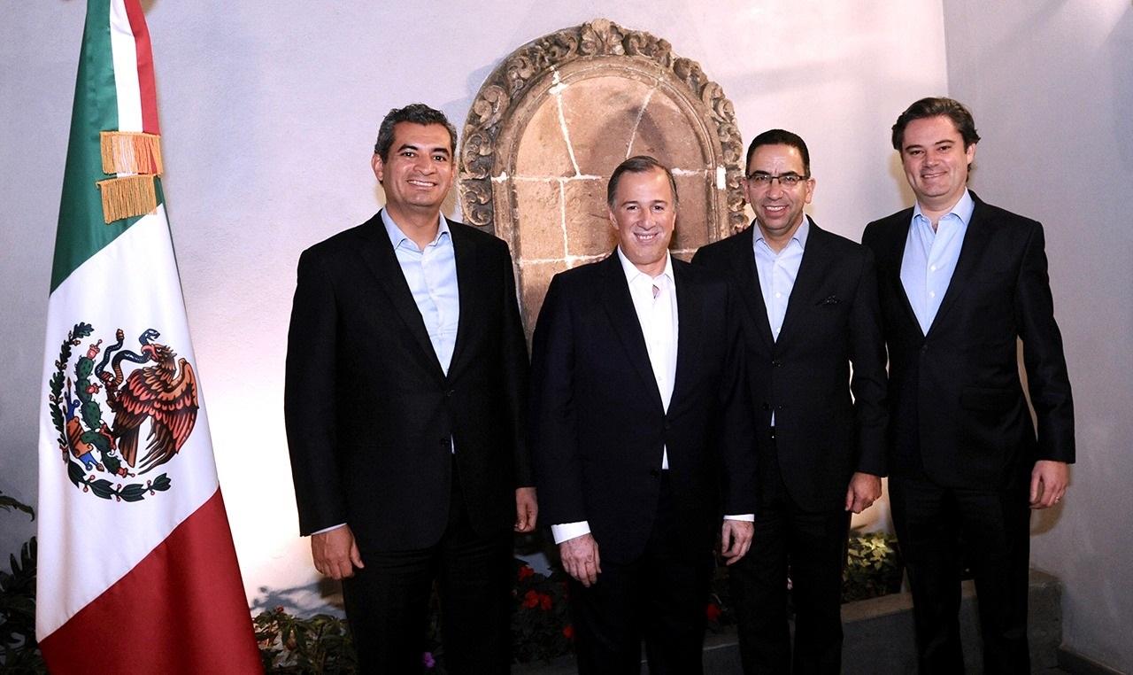 El senador Javier Lozano Alarcón se incorpora a la precampaña de José Antonio Meade