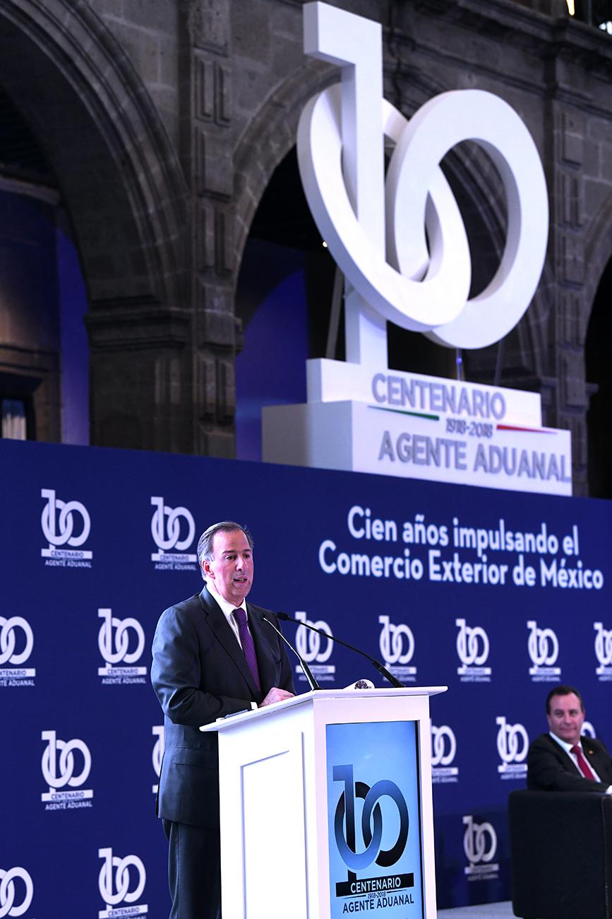 MENSAJE DE JOSÉ ANTONIO MEADE KURIBREÑA DURANTE LA CELEBRACIÓN DEL CENTENARIO DE LA CONFEDERACIÓN DE ASOCIACIONES DE AGENTES ADUANALES DE LA REPÚBLICA MEXICANA CAAAREM