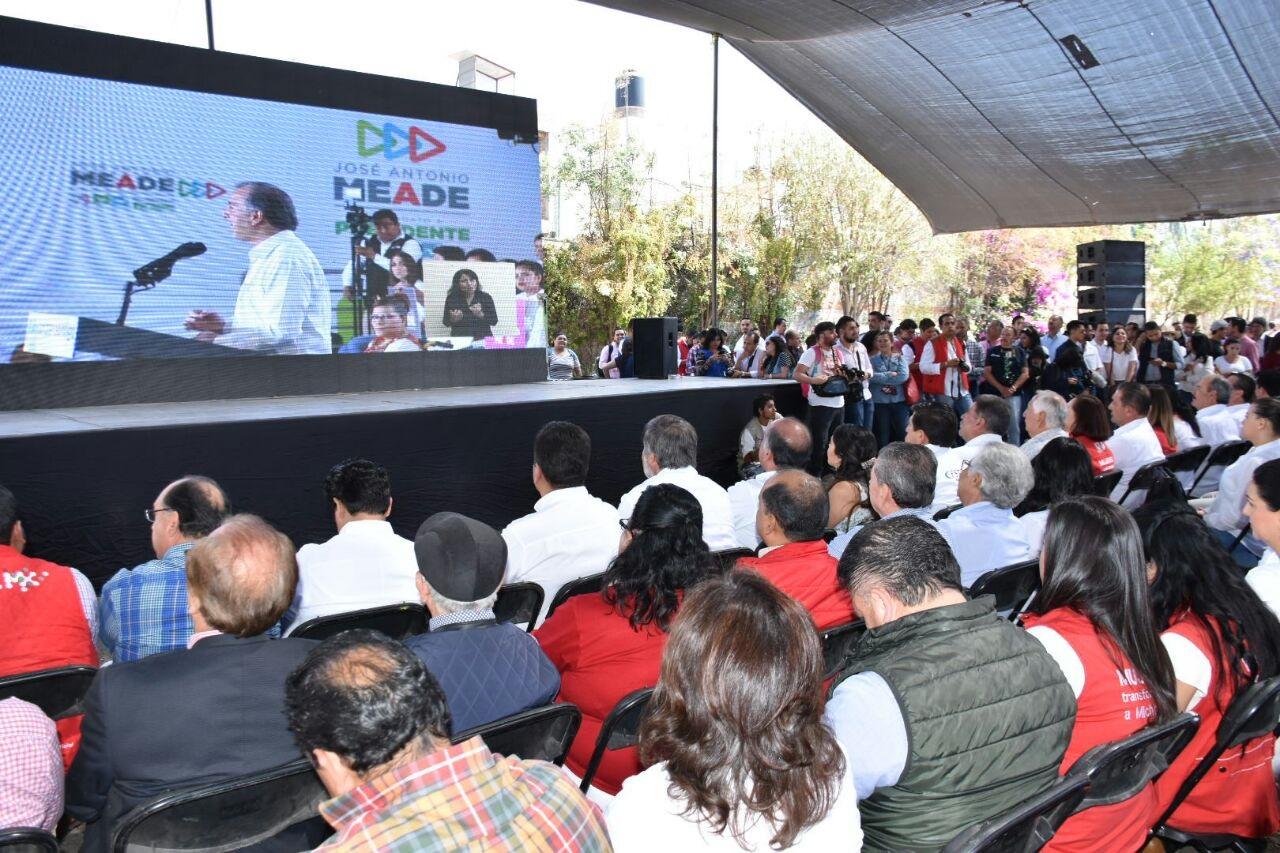 MÁS DE 86 MIL PERSONAS SIGUEN INICIO DE CAMPAÑA DE JOSÉ ANTONIO MEADE EN LAS 32 ENTIDADES DE LA REPÚBLICA