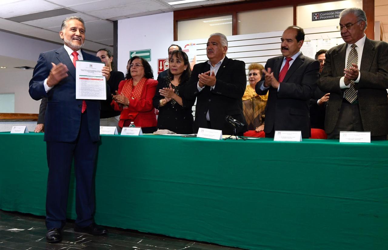 ARTURO ZAMORA SE REGISTRA PARA LA SECRETARÍA GENERAL DEL CEN DEL PRI