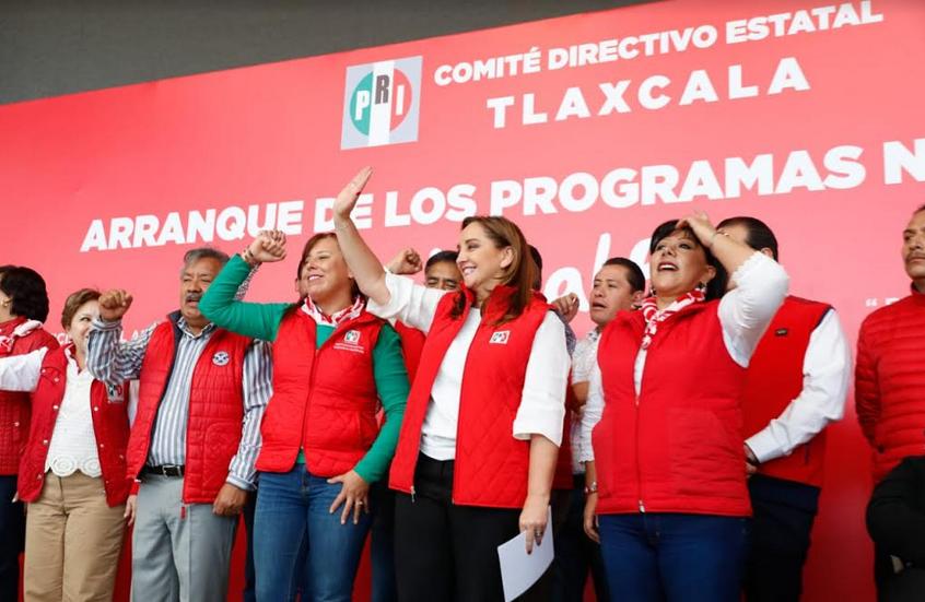 """Mensaje de la Mtra. Claudia Ruiz Massieu, Presidenta del CEN del PRI, en el arranque nacional del programa """"Voy al PRI"""", realizado en el Recinto Ferial de Tlaxcala"""