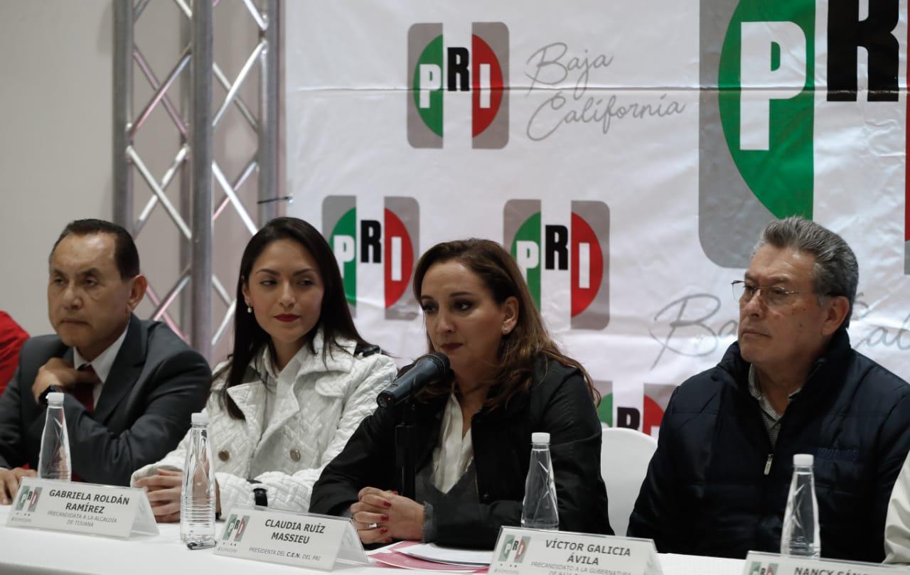 MENSAJE DE CLAUDIA RUIZ MASSIEU DURANTE LA ENTREGA DE CONSTANCIAS A ASPIRANTES A DIPUTACIONES Y ENCUENTRO CON ASPIRANTES A PRESIDENCIAS MUNICIPALES Y AL GOBIERNO DEL ESTADO.
