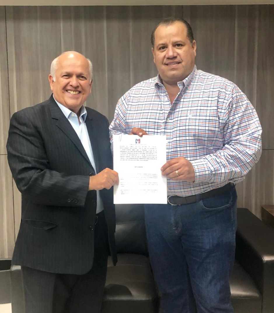 Nombra el CEN del PRI a Óscar Almaraz Smer como presidente provisional del CDE en Baja California.