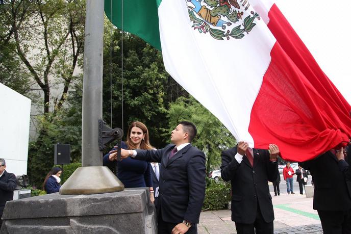 TRIBUTO A LOS NIÑOS HÉROES EN EL PRI NOS RECUERDA DEFENDER LA SOBERANÍA DE MÉXICO TODOS LOS DÍAS: CAROLINA VIGGIANO.