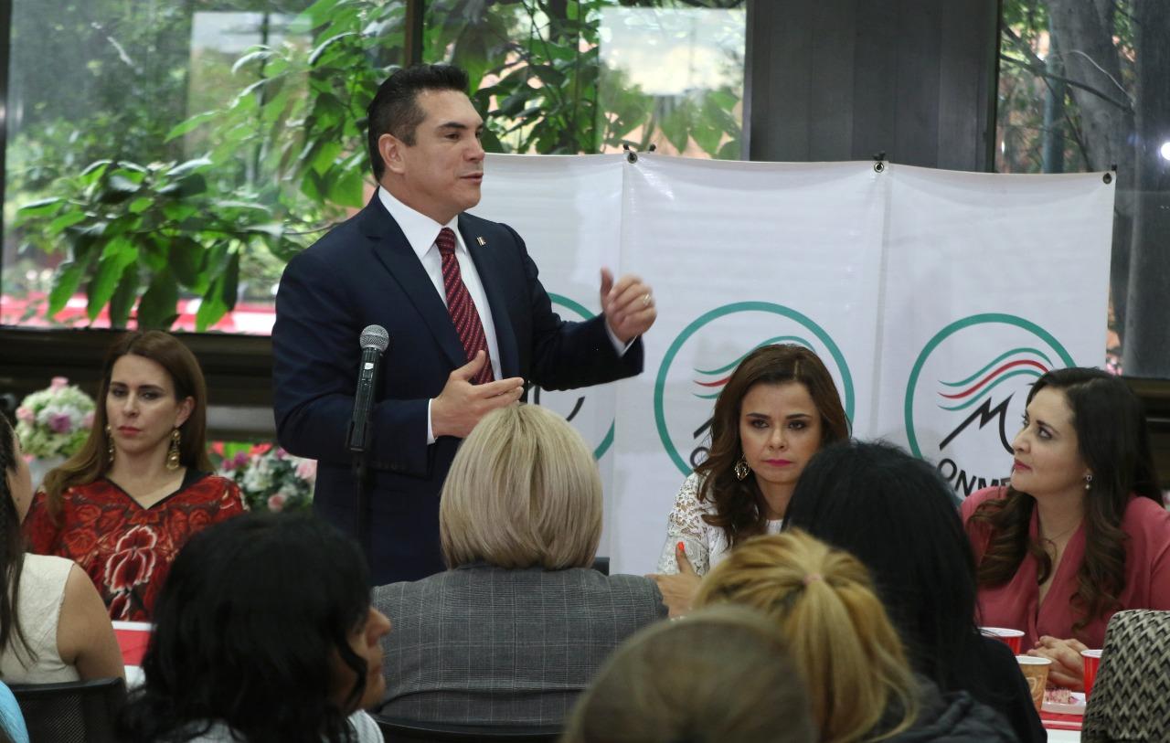 IMPULSAR A LAS MUJERES NO SÓLO CON ESPACIOS DE PARTICIPACIÓN, SINO CON HERRAMIENTAS DE DESARROLLO, PRIORIDAD DEL PRI