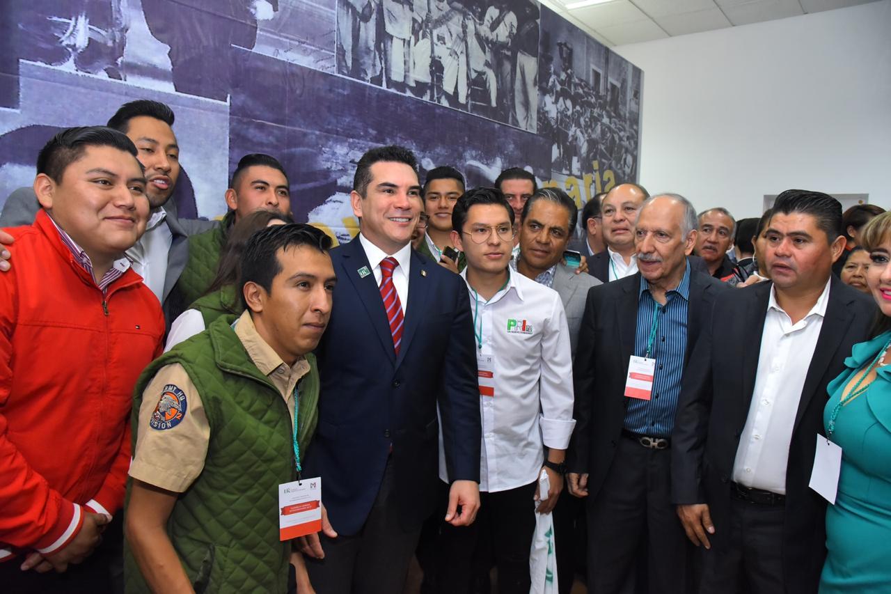 REFRENDA ALEJANDRO MORENO EL RESPALDO DEL PRIISMO NACIONAL A LAS FUERZAS ARMADAS.