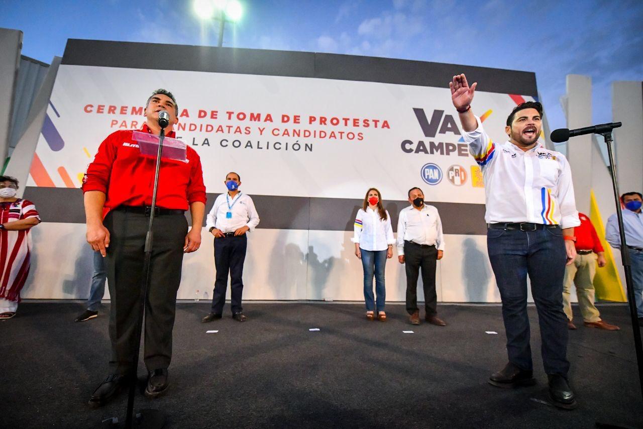 """CHRISTIAN CASTRO BELLO RINDE PROTESTA COMO CANDIDATO DE LA COALICIÓN """"VA POR CAMPECHE"""" AL GOBIERNO DEL ESTADO"""
