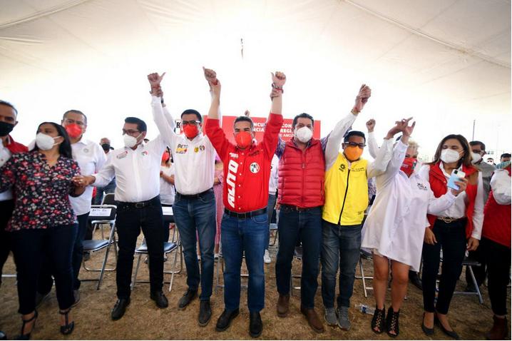 LOS CIUDADANOS QUIEREN EMPLEO, SALUD Y EDUCACIÓN; ESTÁN HARTOS DE LOS POLÍTICOS QUE NO CUMPLEN: ALEJANDRO MORENO