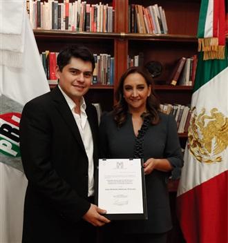 Ruiz Massieu designa a Juan Antonio Ixtláhuac Orihuela como delegado del CEN Morelos.