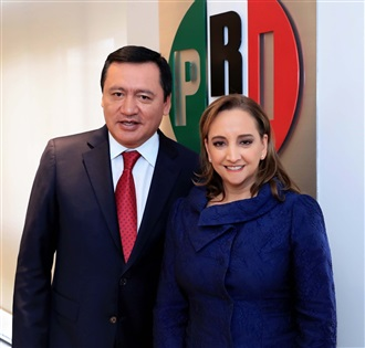 Claudia Ruiz Massieu sostiene reunión con Senadores electos del PRI