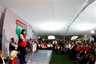 Visita de trabajo de Claudia Ruiz Massieu en el estado de Hidalgo