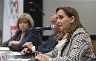 Transformaremos al PRI para que sea un partido de ciudadanos del Siglo XXI: Claudia Ruiz Massieu
