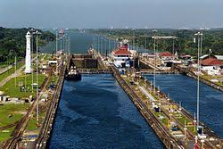 Comienza a funcionar el Canal de Panamá