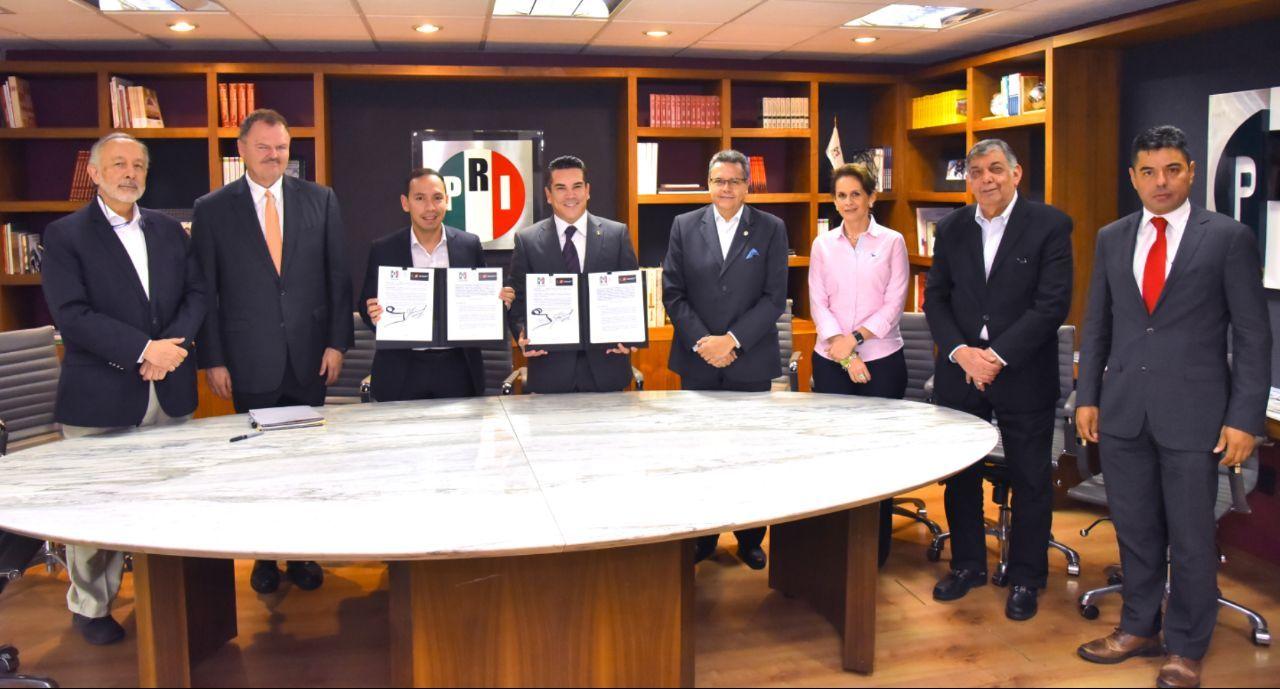 FIRMA DE CONVENIO DE COLABORACIÓN DEL PARTIDO REVOLUCIONARIO INSTITUCIONAL CON EL PARTIDO LIBERAL COLOMBIANO PARA REFRENDAR LOS LAZOS DE AMISTAD