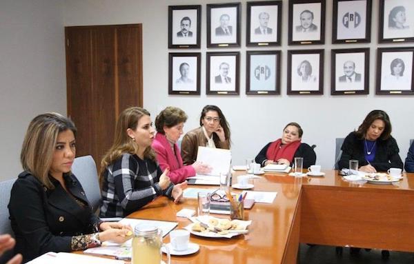 Reunión de la Secretaria Norma Aceves con la Secretaria General del CEN del PRI, Carolina Viggiano