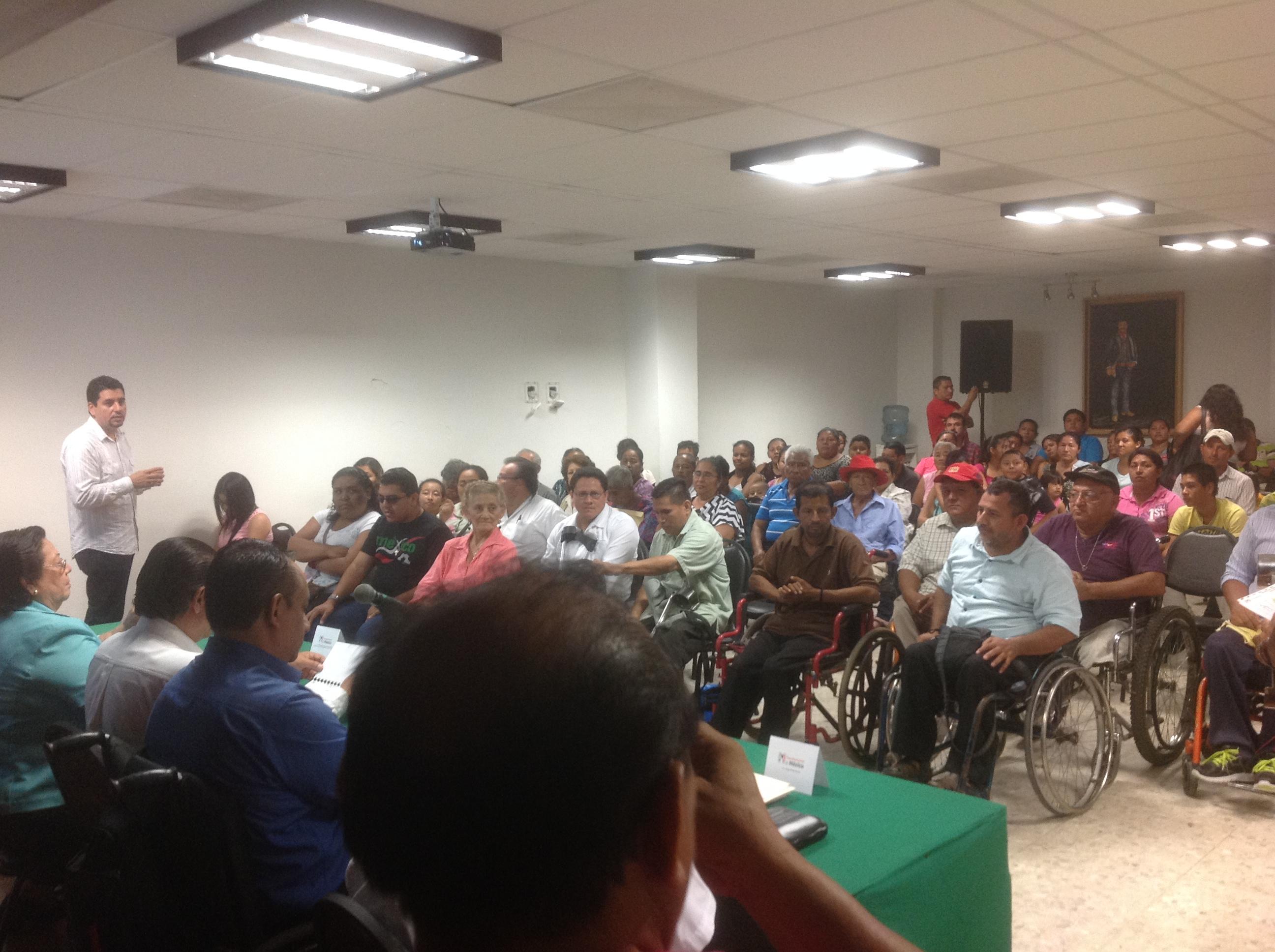 """""""PLATICAS POR UNA SOCIEDAD INCLUYENTE"""" ENCUENTRO CON EL SECTOR DE PERSONAS CON DISCAPACIDAD DE TABASCO."""
