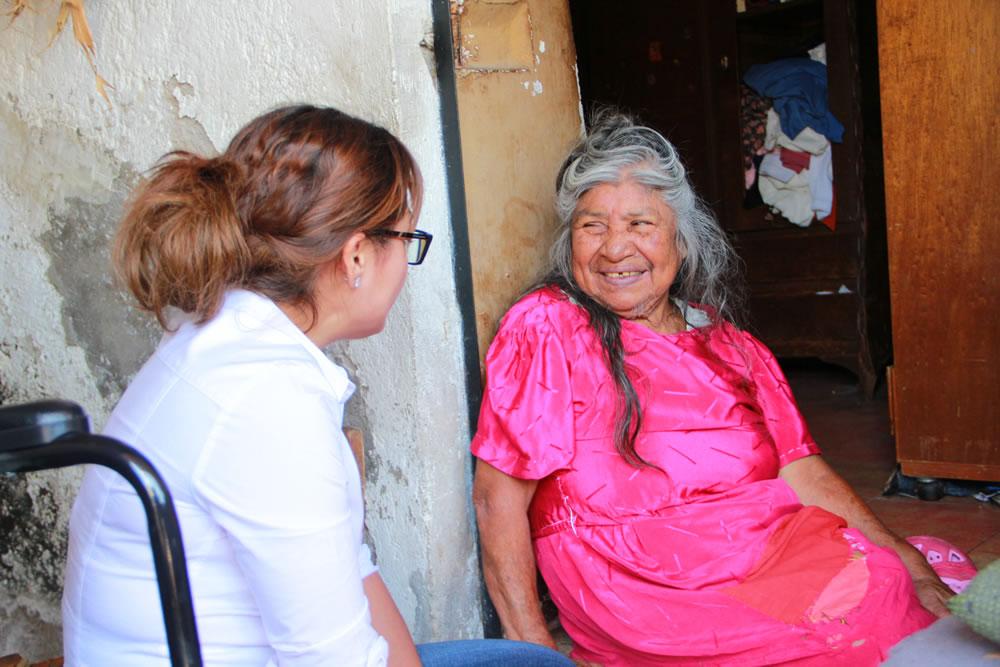 GESTIONA MARI VELÁZQUEZ SILLAS DE RUEDAS Y COBIJAS PARA FAMILIAS DE CUERNAVACA