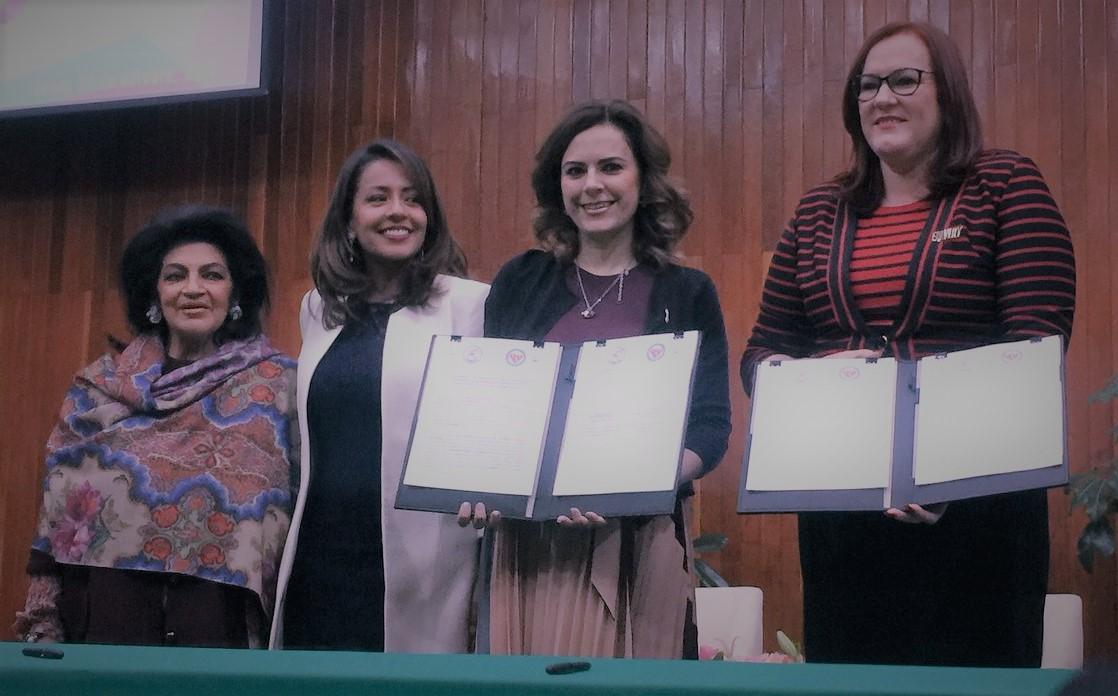 CONFERENCIA DE LA MINISTRA DE LA MUJER DE REPÚBLICA DOMINICANA, JANET CAMILO HERNÁNDEZ, EN EL PRI