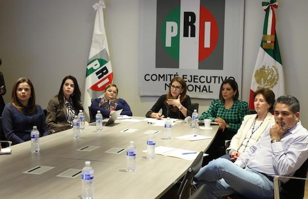 Videoconferencia con los Secretarios de Atención a Personas con Discapacidad con la Secretaría General y d...