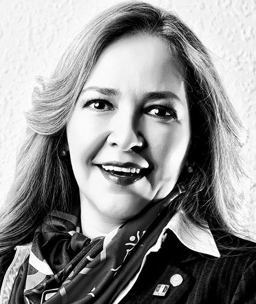 Adriana Fuentes Téllez