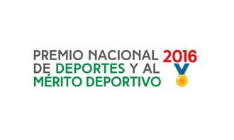 EL PRESIDENTE ENTREGA PREMIO NACIONAL DE DEPORTES